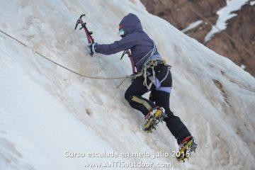Curso escalada en hielo