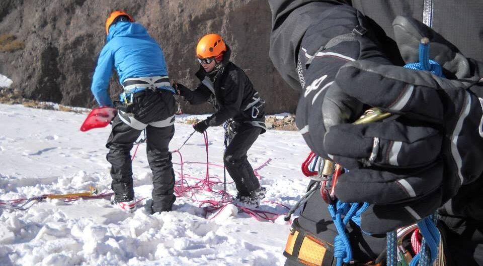 Curso de montañismo invernal