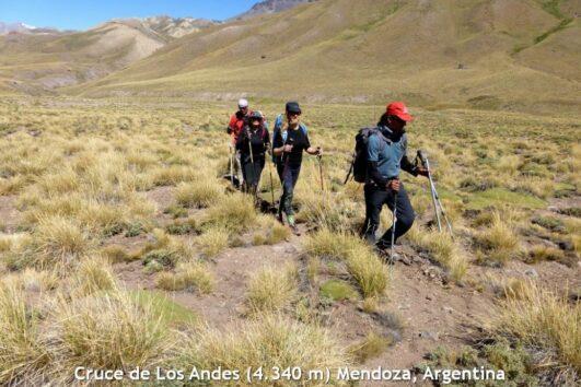 Cruce de Los Andes. Trekking desde Tunuyán, Mendoza hasta el Cajón del Maipo, Chile