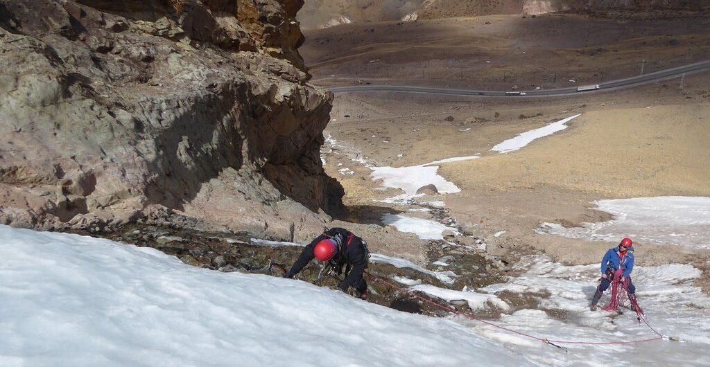 cursos técnicas progresión en montaña